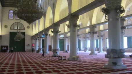 المسجد الاقصى كيف فاضي